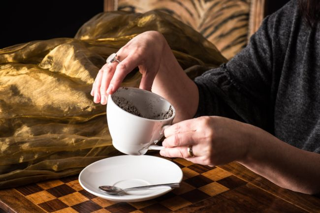 tea leaf reader for hire event party uk spiritualevents.co.uk
