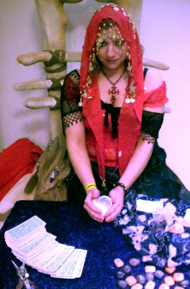 Gypsy psychic crystal ball tarot palm reader www.spiritualevents.co.uk