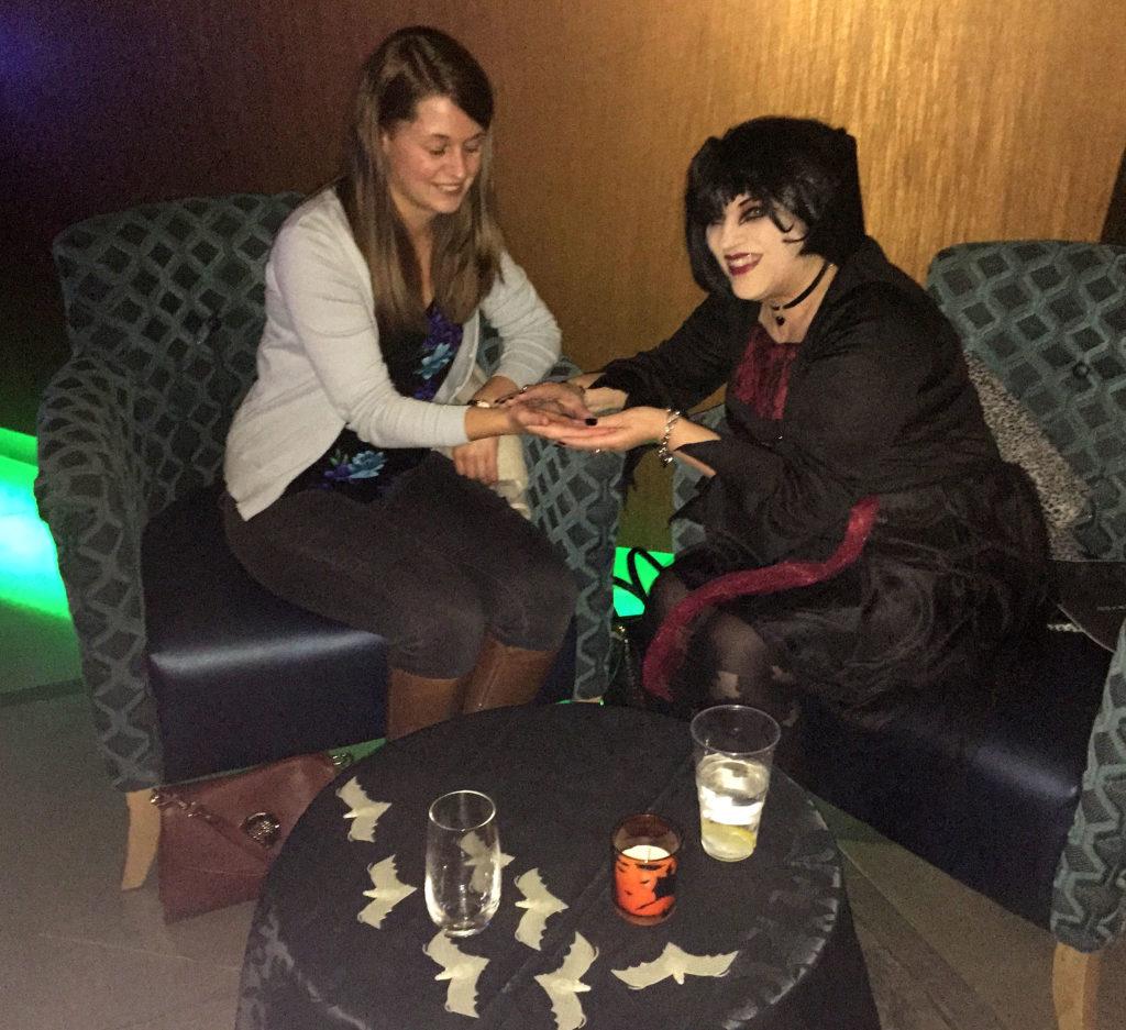 halloween psychic tarot palm reader yorkshire essex london manchester spiritualevents.co.uk