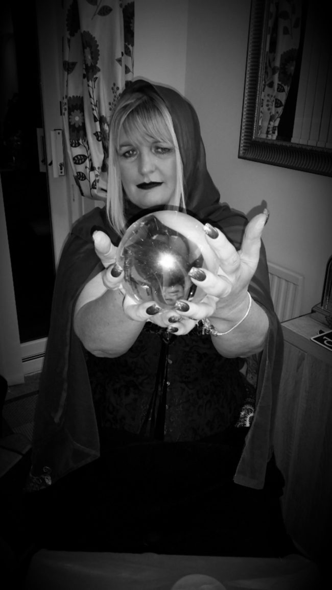 psychic medium for hire spiritualevents.co.uk