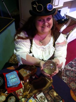 Dee Vyanr spiritualevents.co.uk tarot reader for hire Birmingham