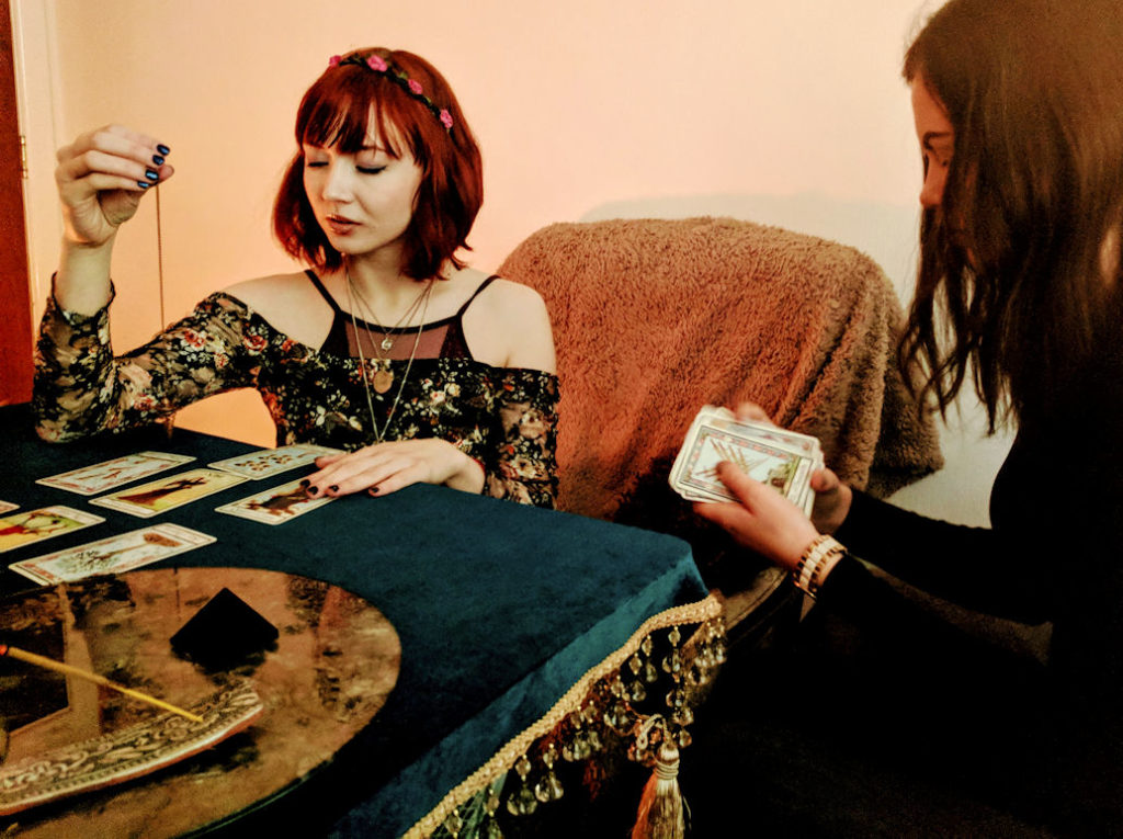 Pixie Wilde tarot reader london brighton carnaby street oxford street london spiritualevents.co.uk brighton