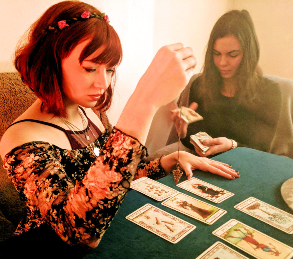 Pixie wilde tarot reader oxford street london spiritualevents.co.uk corporate event london ideas
