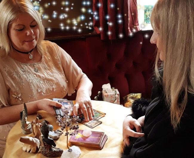 queenie psychic medium lincoln spiritualevents.co.uk london tarot