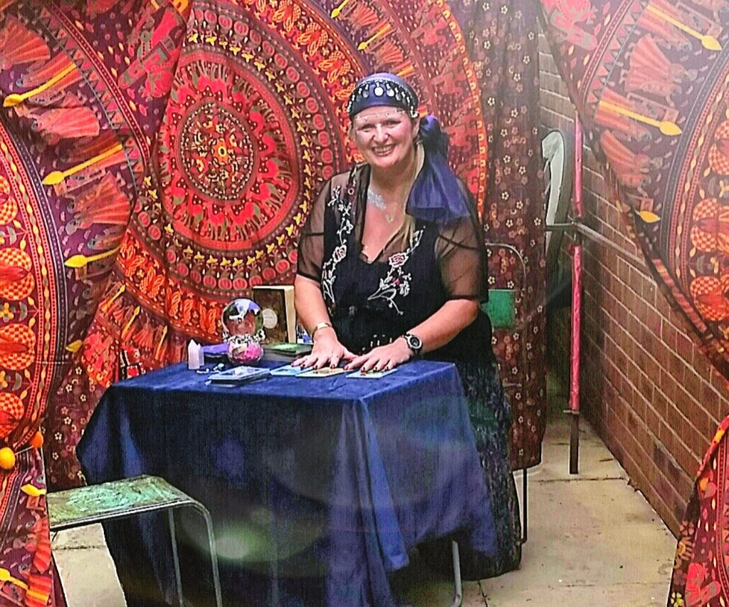 Fortune Tellers for hire spiritualevents.co.uk