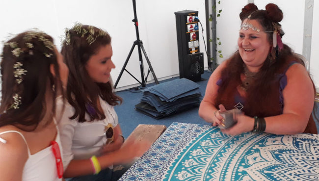 dee vynar cotswolds psychic party festival spiritualevents.co.uk