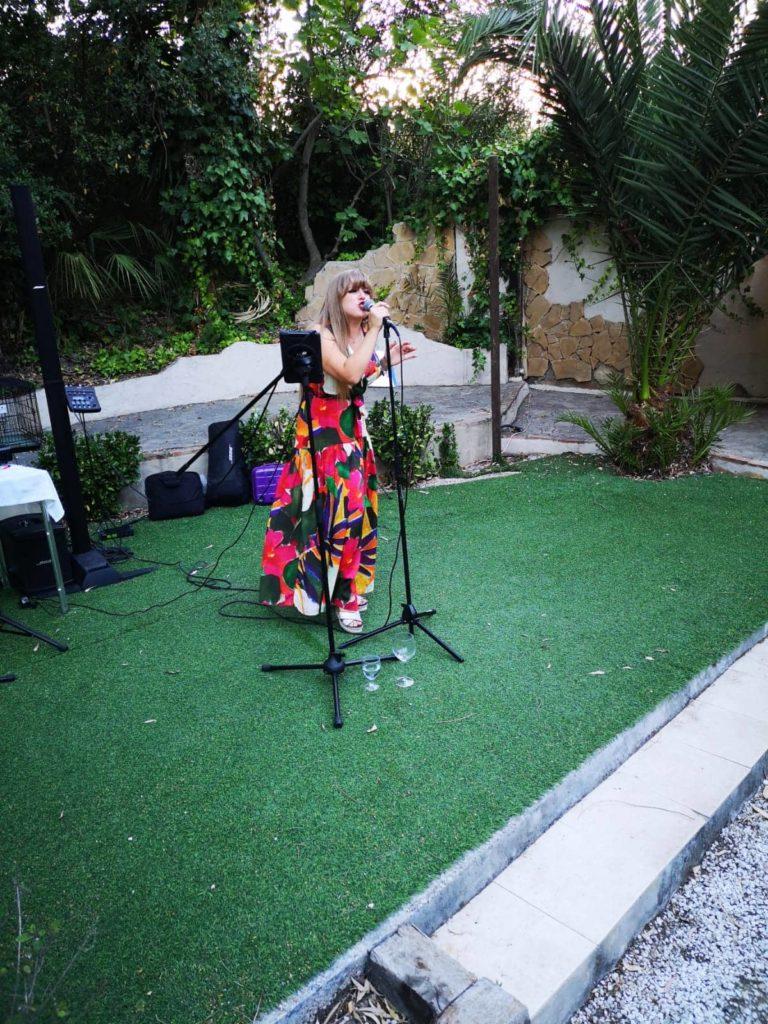 elizah singer jazz ballads