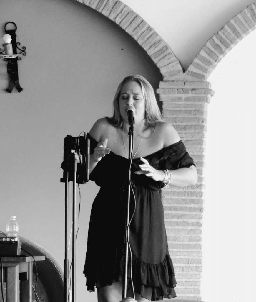 Jazz singer entertainment for hire