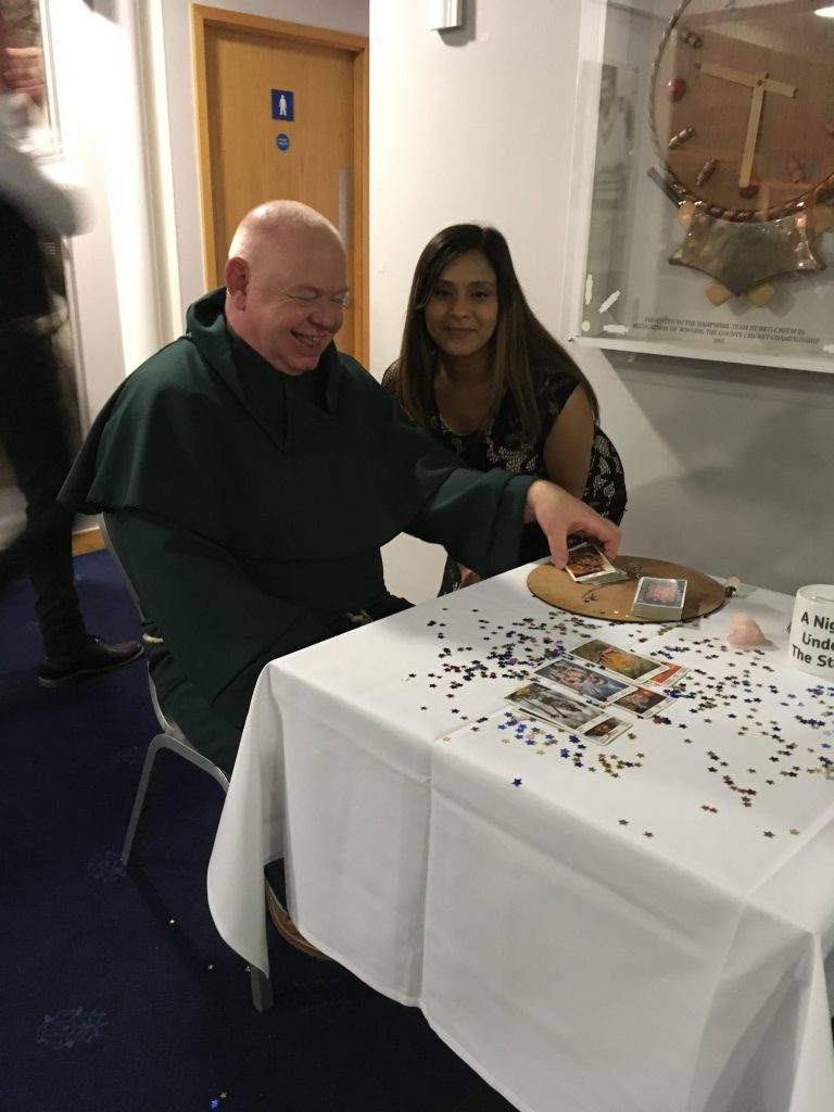tarot card reader for hire nottingham spiritualevents.co.uk