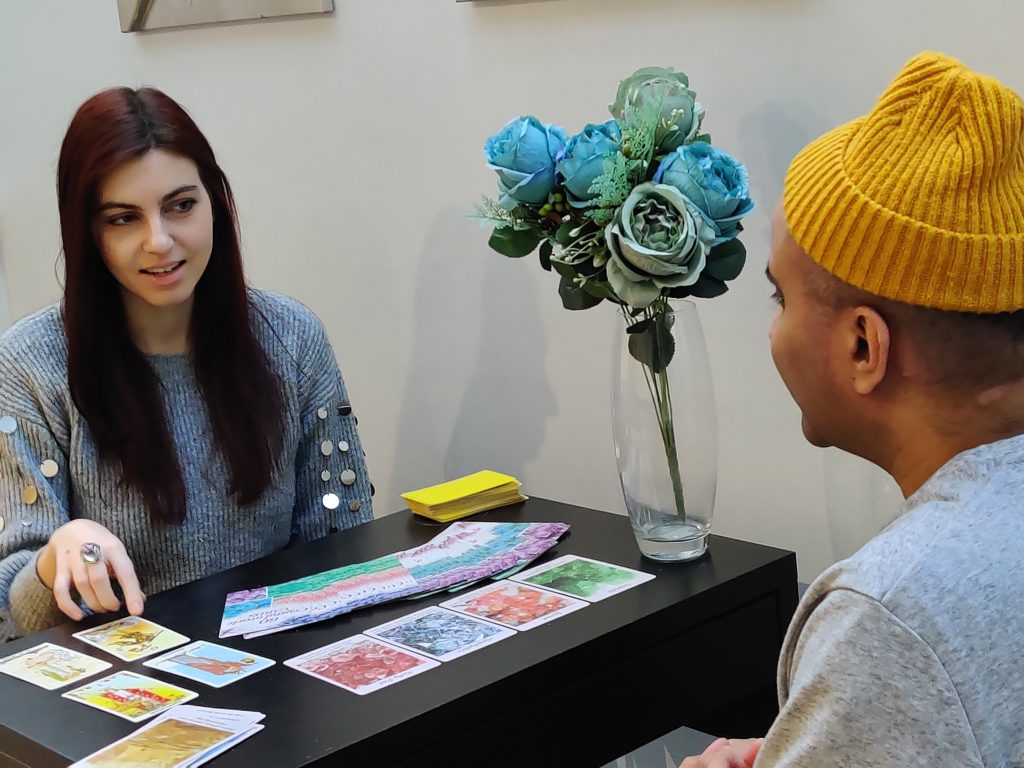 Crystal Psychic Tarot Reader for hire london corporate events weddings hen party