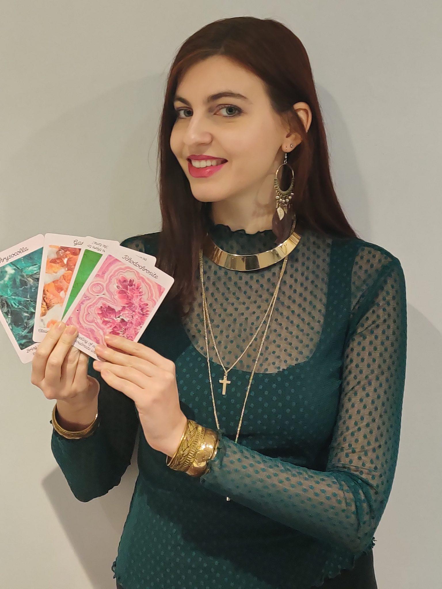Crystal Psychic Tarot Reader
