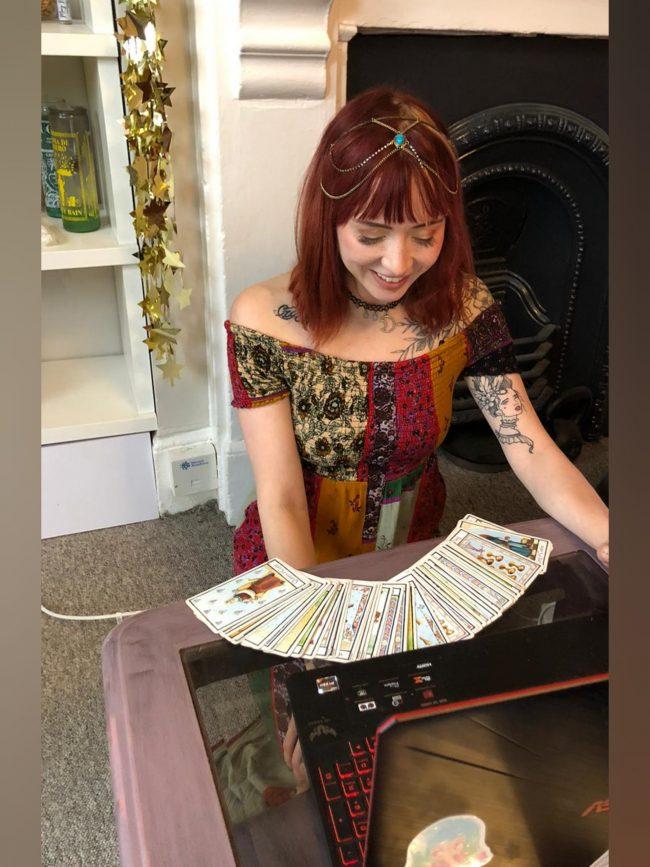 hen party virtual webcam online spiritualevents.co.uk tarot fortune teller psychic medium clairvoyance now