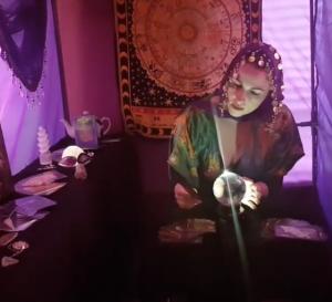 psychic webcam party online tarot card reader spiritualevents.co.uk fortune teller