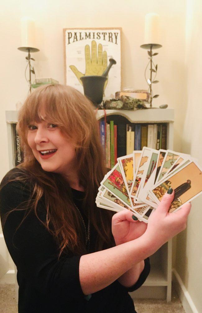 Willow Tarot online reader